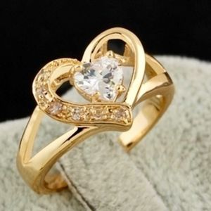 Jewelry - Size 7 - 1CTTW  Diamante 18K YGF Heart Ring